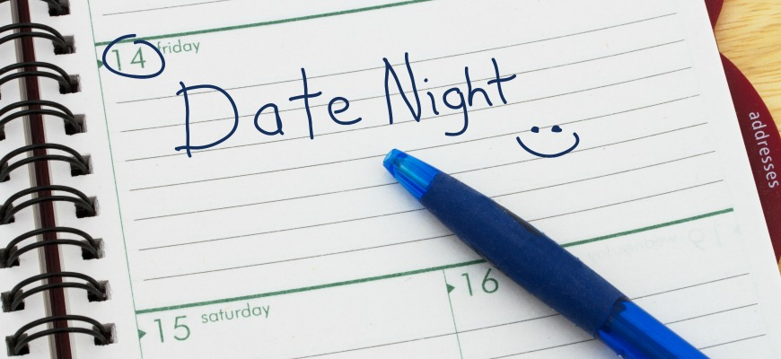 Planning your Date Night, A day blank day planner with a blue pen